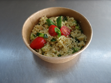 Couscous-Salat, inkl. Sauce in Box klein